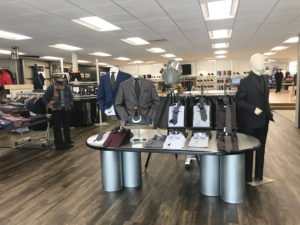 72d018258b778d Mr. B has been in Des Moines for 40 years and continues to be the go-to  destination for upscale menswear